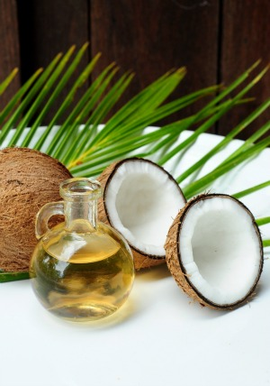 pure coconut oil with fresh coconuts